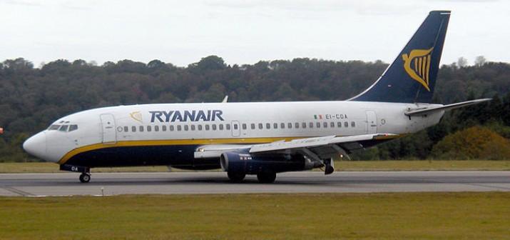 Ryanair.b737.750pix